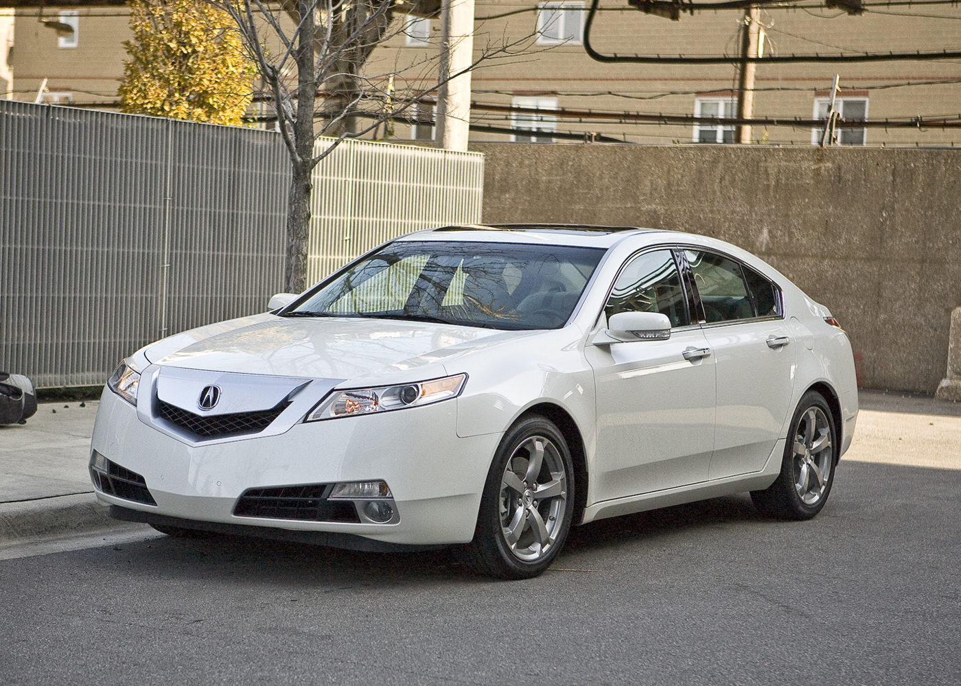 2010 acura tl expert and consumer reviews on. Black Bedroom Furniture Sets. Home Design Ideas